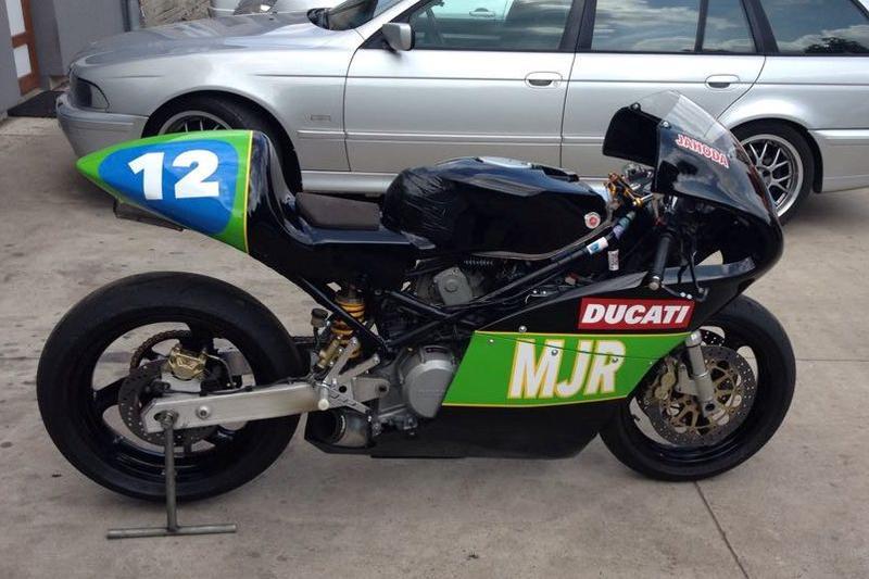 Prodám závodní Ducati Monster