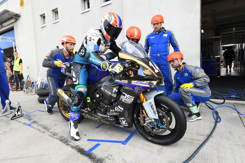 Maco Racing Team na osemhodinovke v Oscherslebene