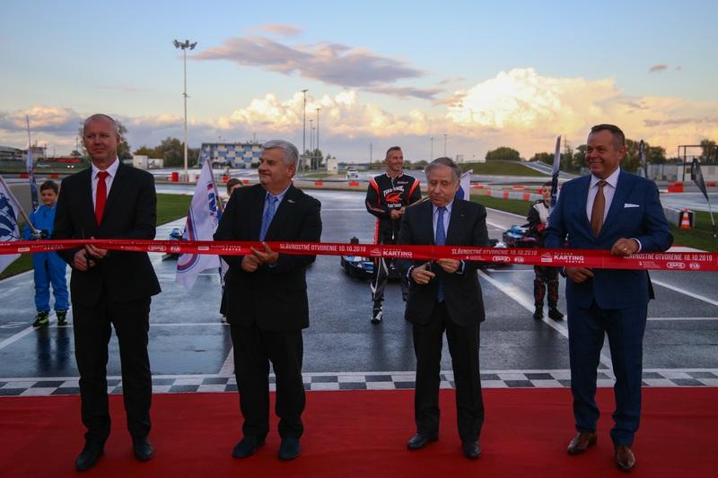 SLOVAKIA RING oficiálne otvoril Slovenské motokárové centrum