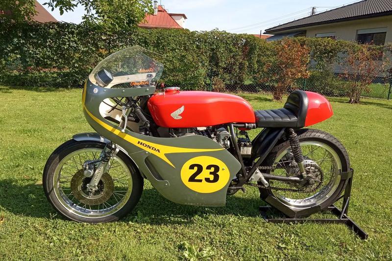 Prodej: Honda CB 400 Super four S