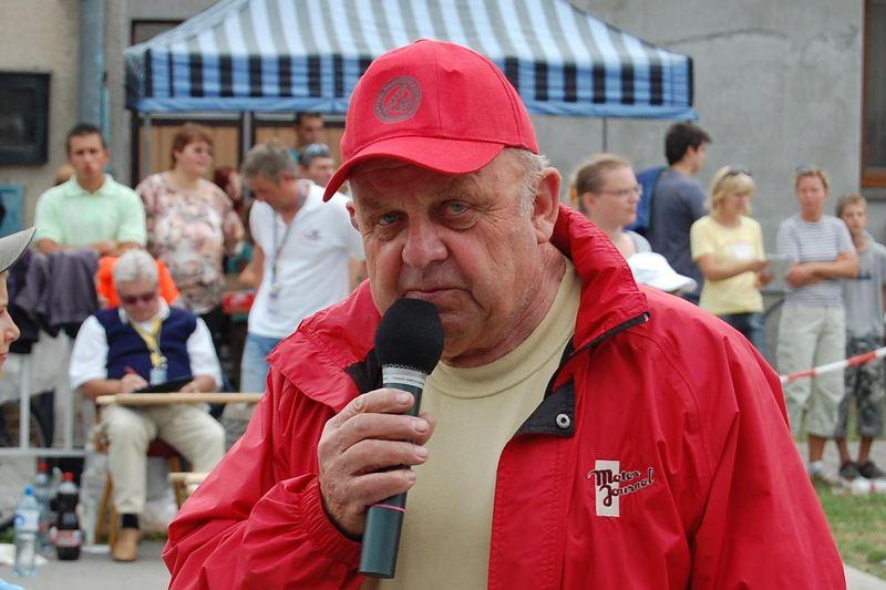 Karel Kratochvíl  1935-2020