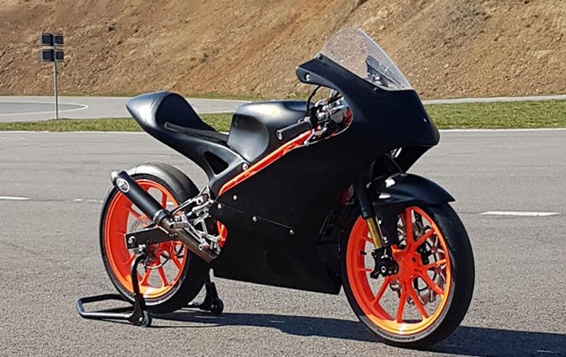 Prodám okruhový motocykl MIR Moto 5, 38 mth.