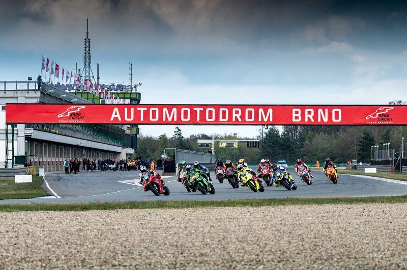 Hlavní závod Jarní ceny Brna rozhodla tisícina vteřiny