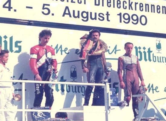 Na najvyššom stupni po víťazstve v nemeckom Scheizi v roku 1990