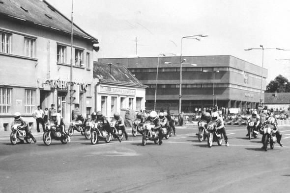 Vrátia sa motocyklové preteky do Malaciek?